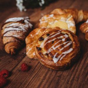Box of Pastries (6)